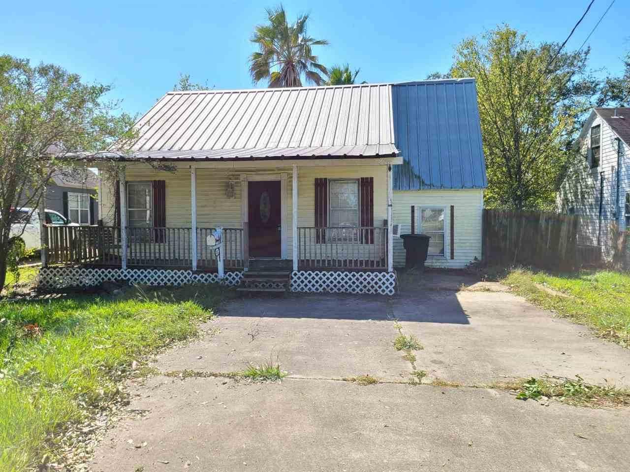 207 Hill Terrace Dr. - Photo 1