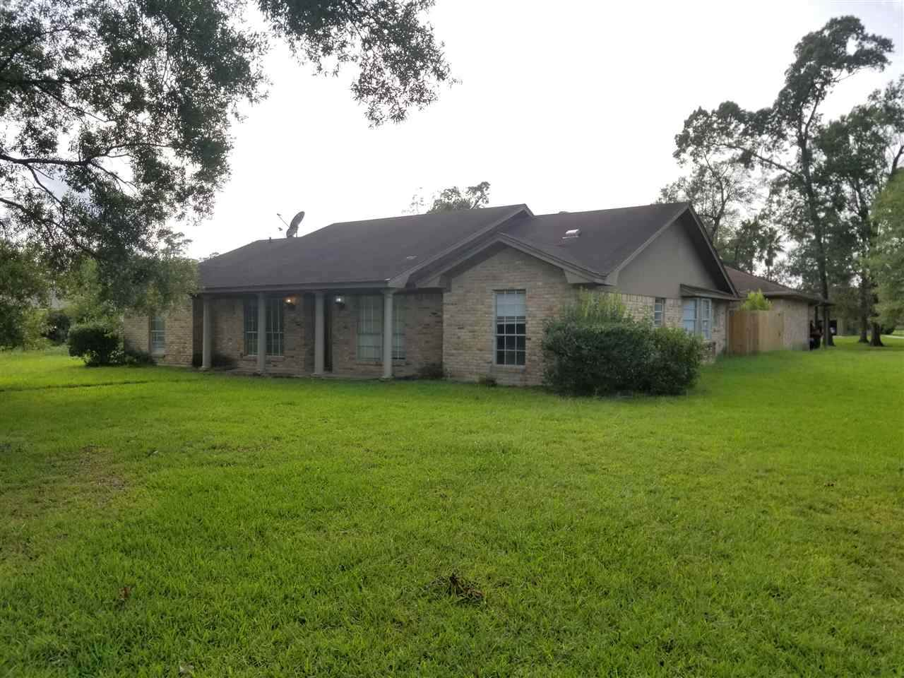 402 Piney Point Dr. - Photo 1
