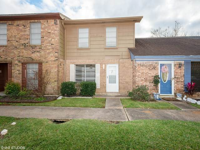 327 Pinchback, Beaumont, TX 77707 (MLS #216887) :: Triangle Real Estate