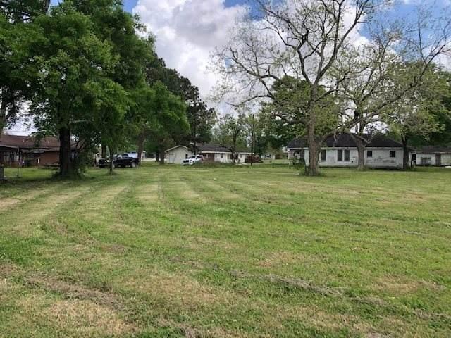 2258 Cedar St., Port Arthur, TX 77642 (MLS #219029) :: TEAM Dayna Simmons