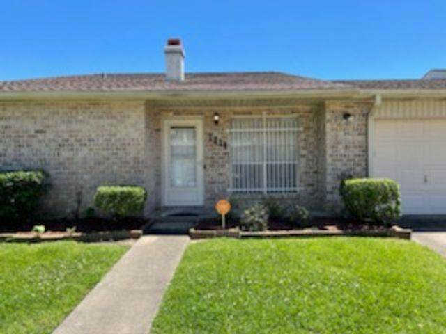 1111 Park Meadow, Beaumont, TX 77706 (MLS #219768) :: TEAM Dayna Simmons