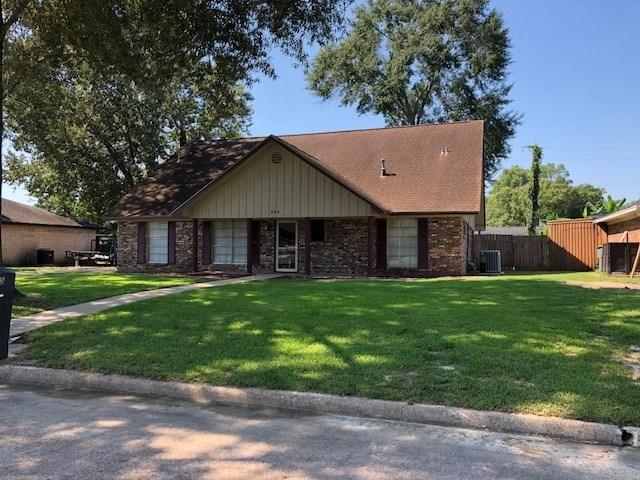 885 Chatwood, Beaumont, TX 77706 (MLS #199055) :: TEAM Dayna Simmons