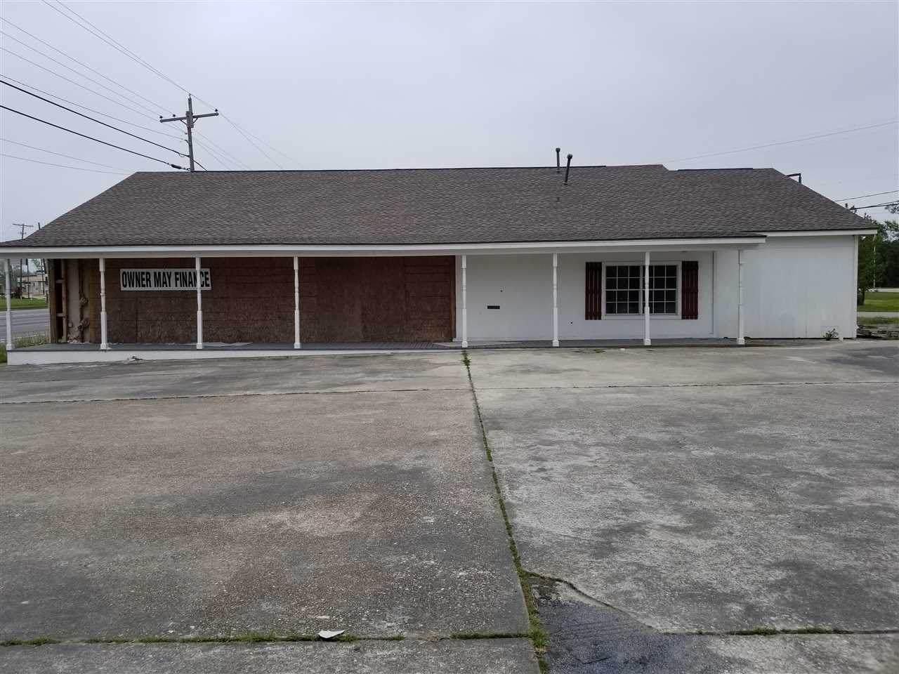 490 Texas Ave. - Photo 1