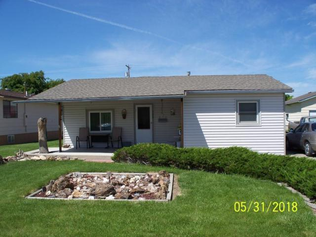 708 N Crook Avenue, Hardin, MT 59034 (MLS #285847) :: Realty Billings