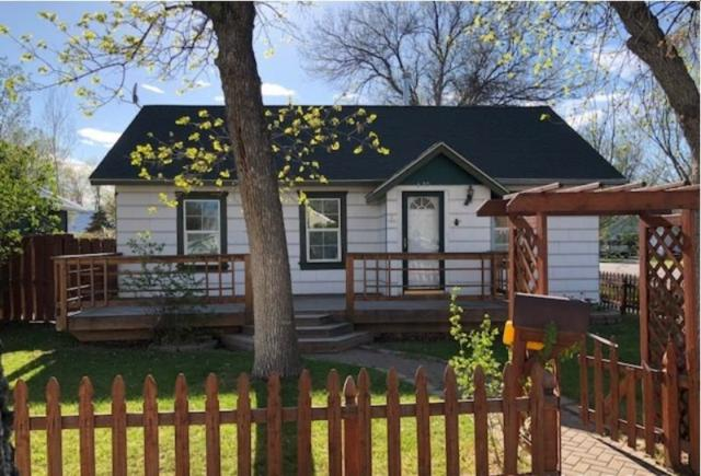 520 Cottonwood Avenue, Laurel, MT 59044 (MLS #283298) :: Search Billings Real Estate Group