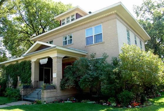 1918 Main St. ,Miles City Mt, Miles City, MT 59301 (MLS #283689) :: Search Billings Real Estate Group