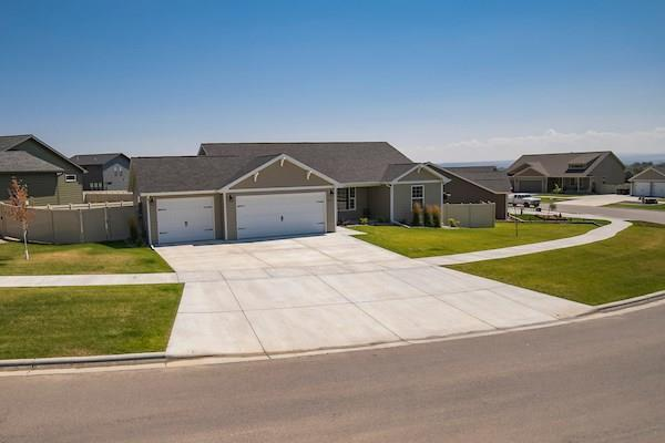 2953 W Copper Ridge Lp, Billings, MT 59102 (MLS #287482) :: Realty Billings