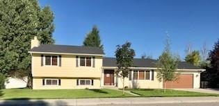 2521 Interlachen Drive, Billings, MT 59105 (MLS #289071) :: The Ashley Delp Team