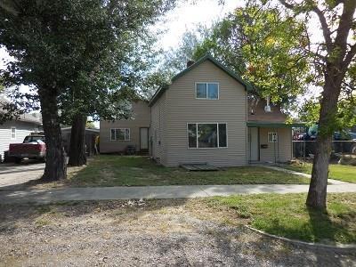 412 1st St E, Roundup, MT 59072 (MLS #292619) :: Realty Billings