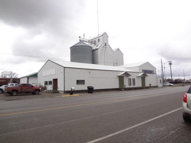 220 W Main Street, Laurel, MT 59044 (MLS #297224) :: Realty Billings