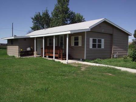 113 W First Street, Shawmut, MT 59036 (MLS #301712) :: Search Billings Real Estate Group