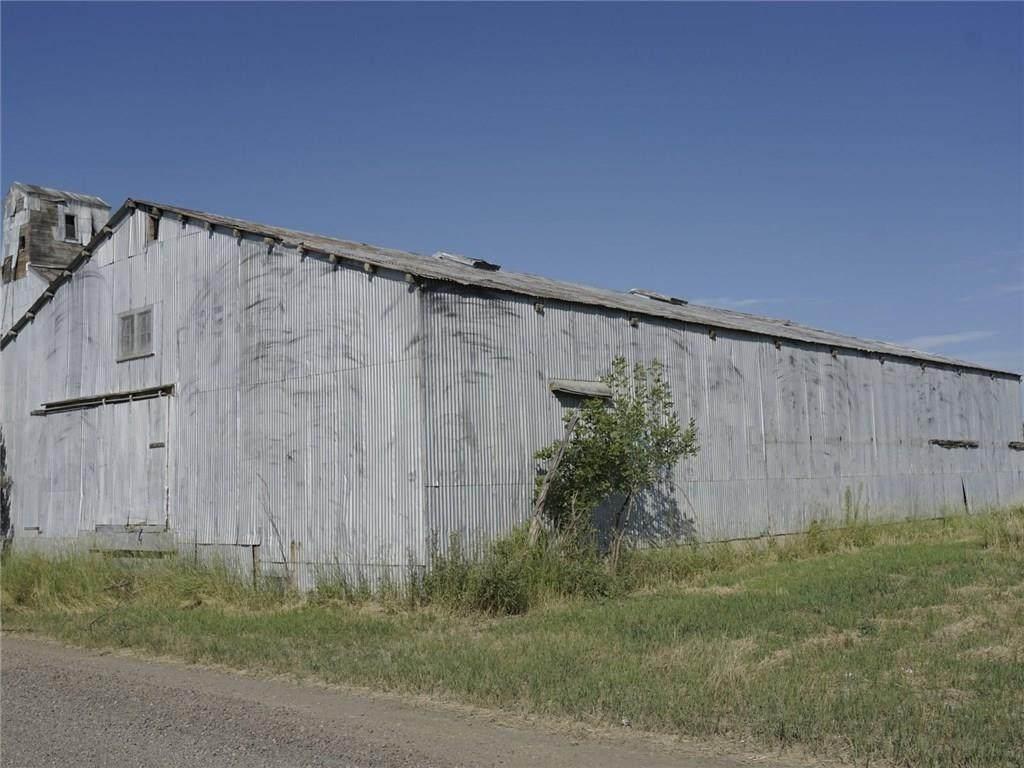 1000 Railroad Avenue - Photo 1