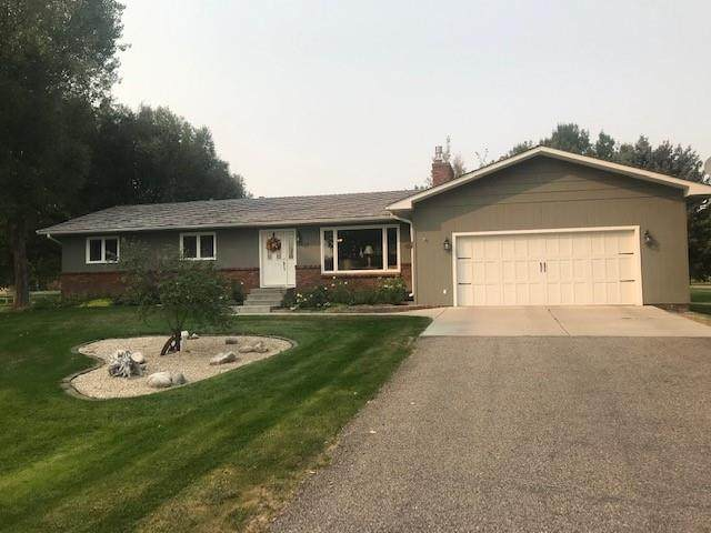 1409 E Maryland, Laurel, MT 59044 (MLS #311397) :: Search Billings Real Estate Group