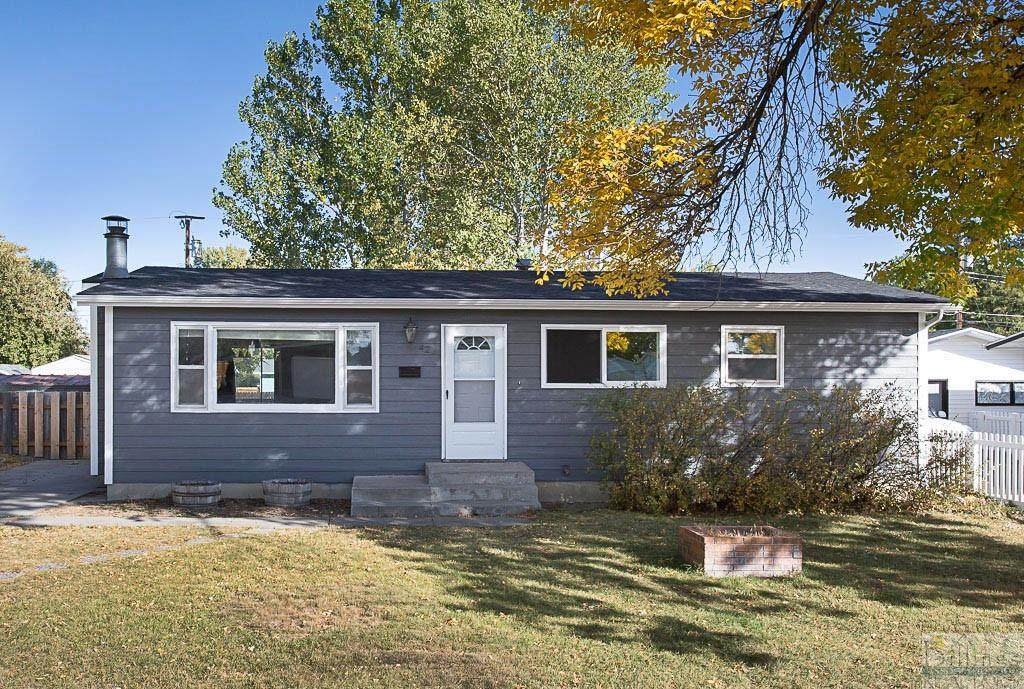 423 Russell Drive - Photo 1