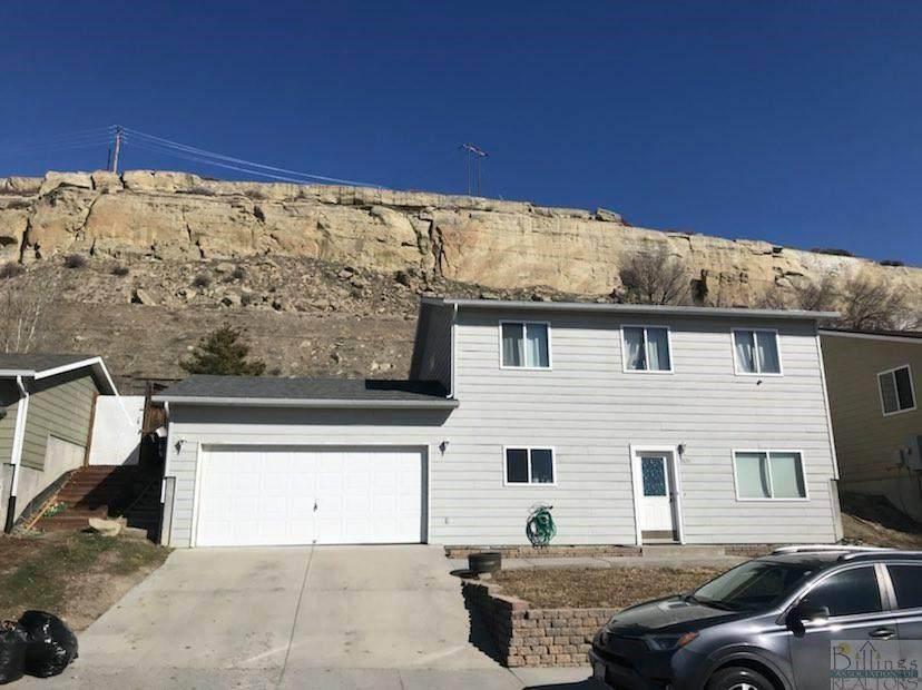 1631 Vuecrest Drive - Photo 1