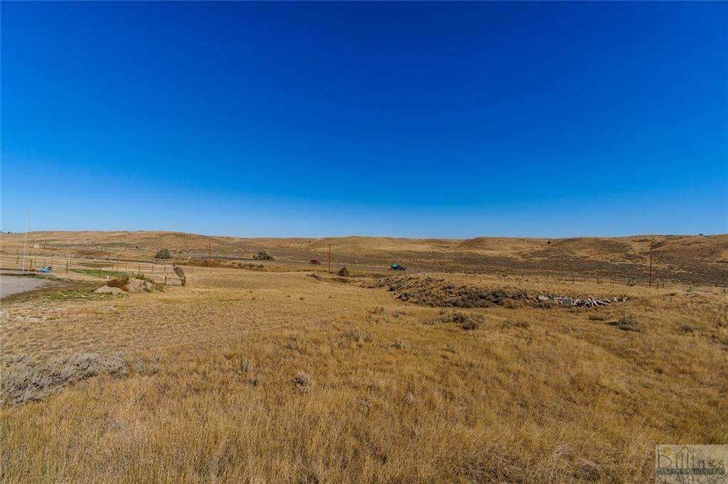 1455 Saddle Ridge Rd - Photo 1
