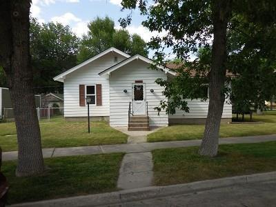 507 E 1st Street, Laurel, MT 59044 (MLS #287144) :: Realty Billings