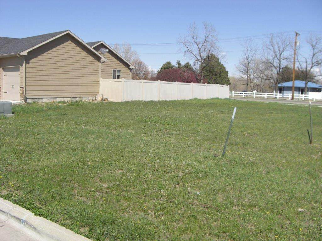 1413 Carson Way - Photo 1