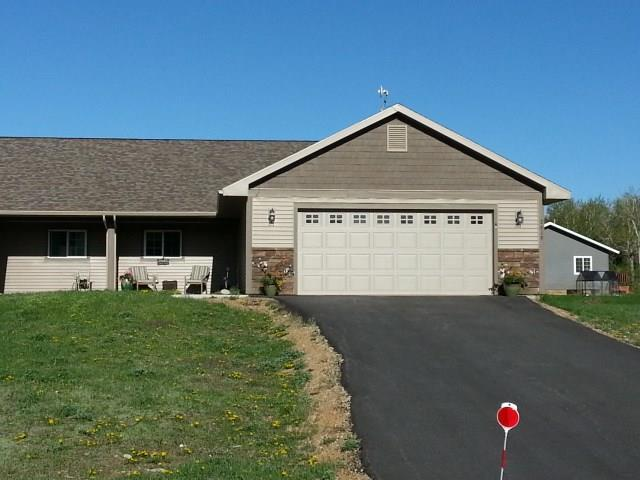 2619 Great Blue Way, Red Lodge, MT 59068 (MLS #281914) :: Realty Billings