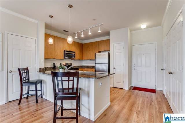 1901 5TH AVE E #2104, Tuscaloosa, AL 35401 (MLS #867384) :: Bentley Drozdowicz Group