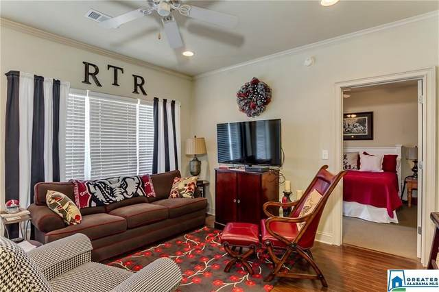 700 15TH ST #1306, Tuscaloosa, AL 35401 (MLS #886523) :: Bentley Drozdowicz Group