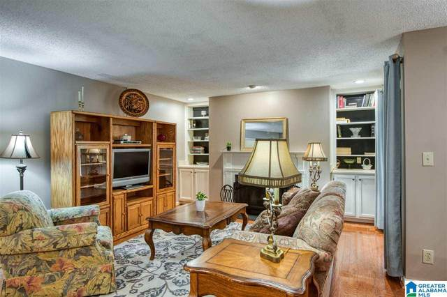 608 Gables Drive #608, Hoover, AL 35244 (MLS #1281207) :: Bentley Drozdowicz Group