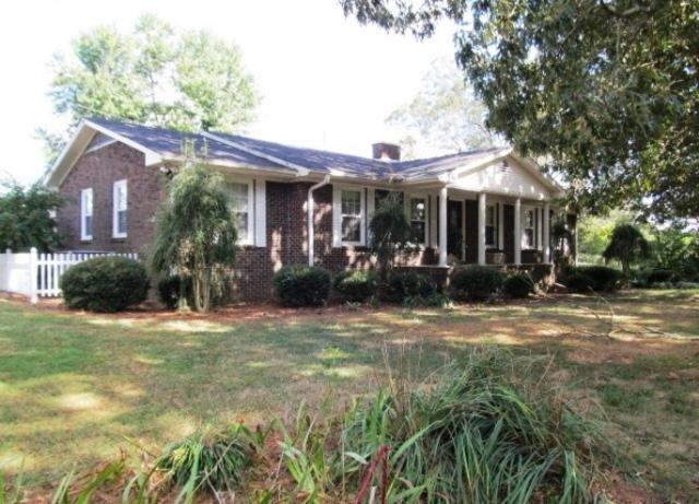1908 Hwy 35, Horton, AL 35980 (MLS #829341) :: The Mega Agent Real Estate Team at RE/MAX Advantage