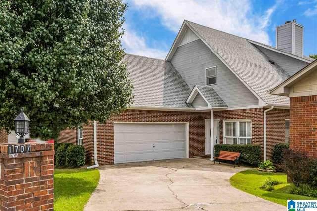 1707 Columbiana Lane, Vestavia Hills, AL 35216 (MLS #1297028) :: Lux Home Group