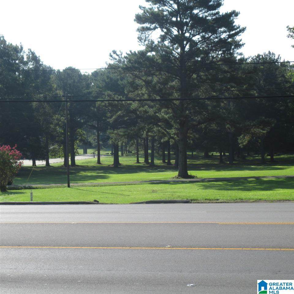 1909 2ND AVE - Photo 1