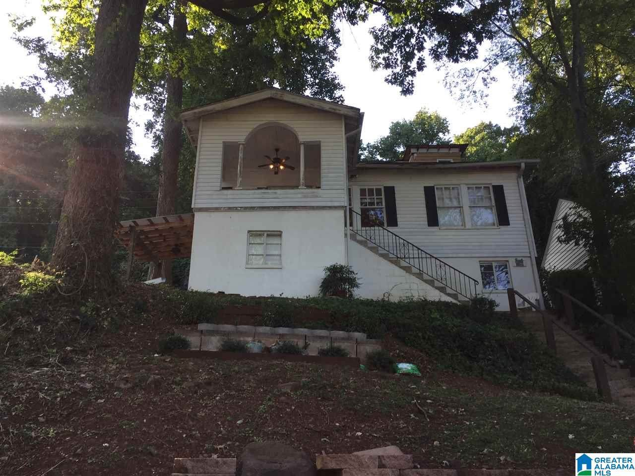 1235 18TH AVE - Photo 1