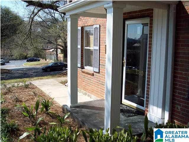 1780 Valley Avenue F, Homewood, AL 35209 (MLS #1281010) :: LIST Birmingham