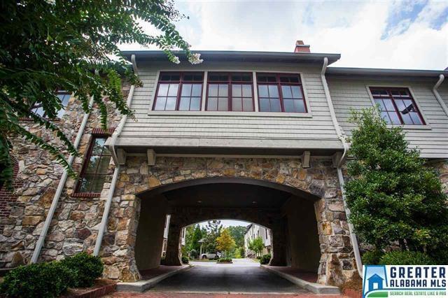 3120 Parkridge Dr #204, Homewood, AL 35209 (MLS #790621) :: The Mega Agent Real Estate Team at RE/MAX Advantage