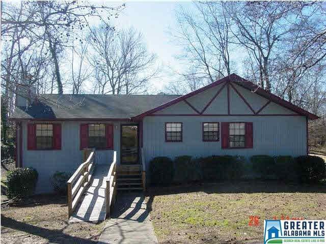 413 1ST PL, Pleasant Grove, AL 35127 (MLS #819783) :: LIST Birmingham