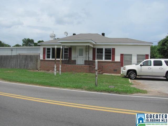 3183 Lee St, Pelham, AL 35124 (MLS #819829) :: The Mega Agent Real Estate Team at RE/MAX Advantage