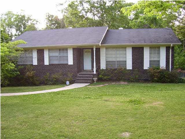 216 Park Pl, Pleasant Grove, AL 35127 (MLS #858309) :: LocAL Realty
