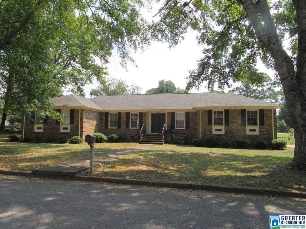 208 Roberts Ave - Photo 1