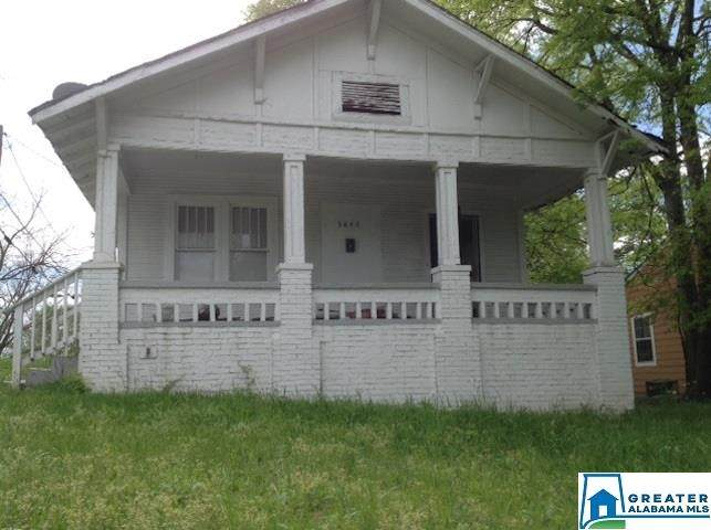 3843 39TH AVENUE - Photo 1