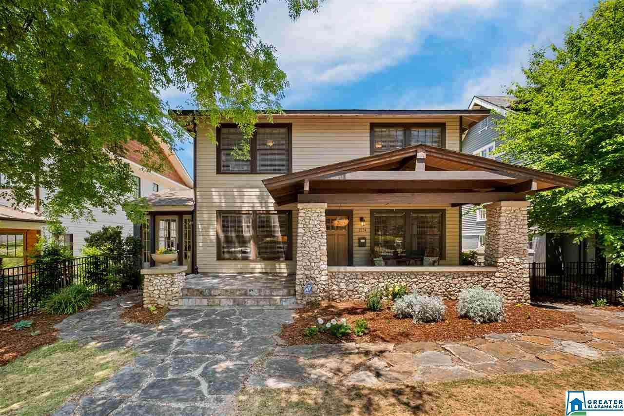 2124 15TH AVE - Photo 1