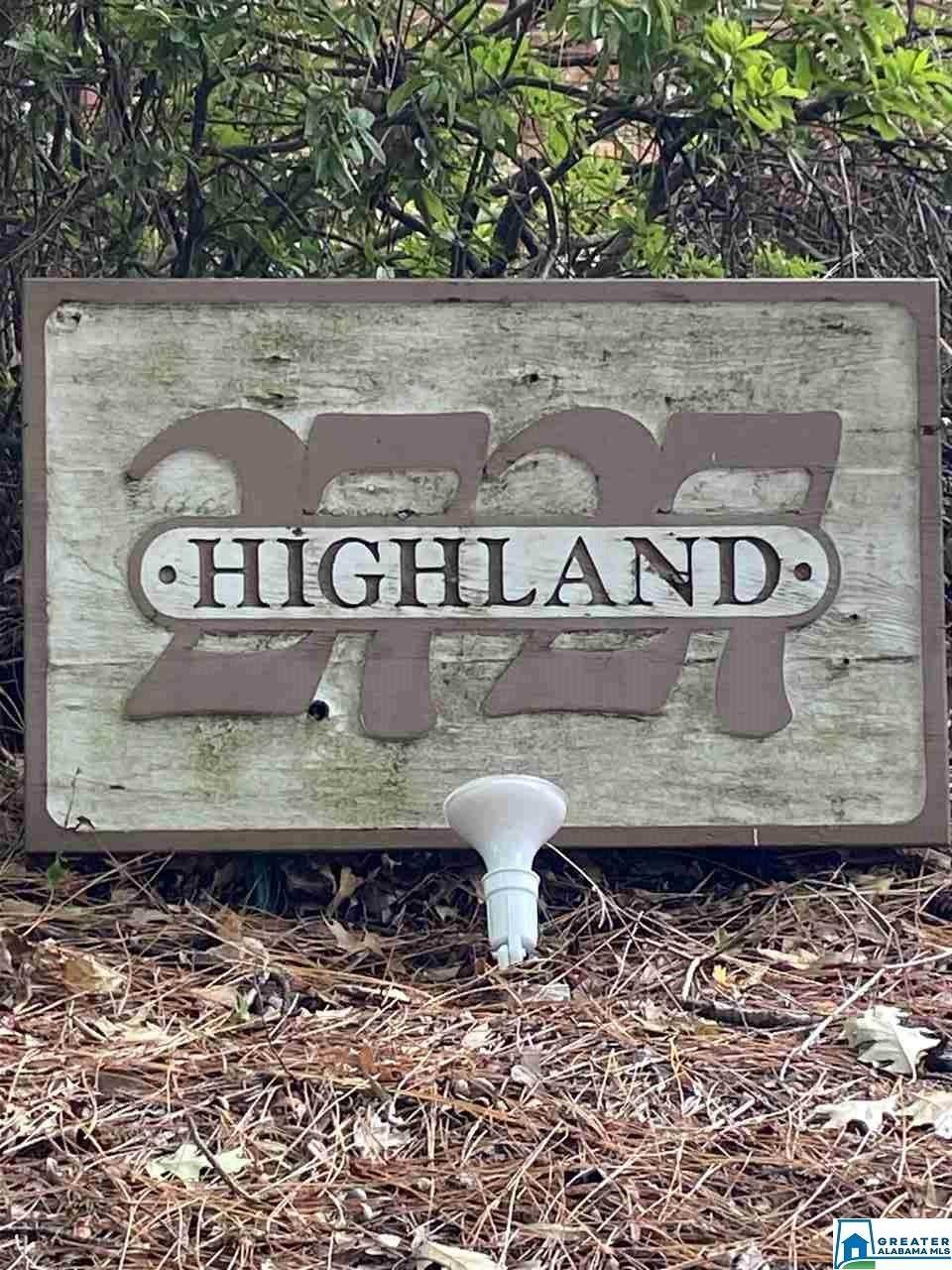 2727 Highland Ave - Photo 1