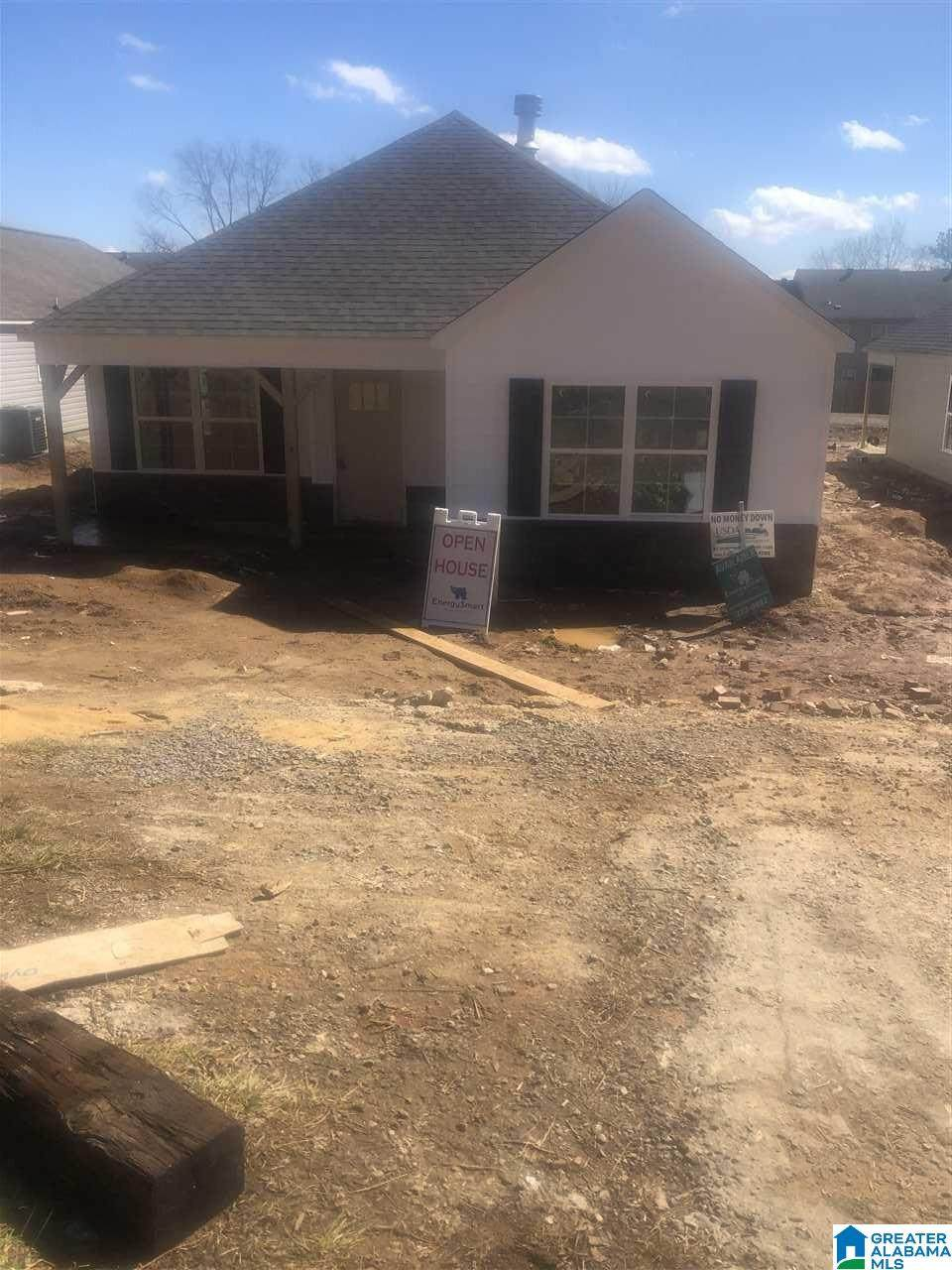 525 6TH AVE - Photo 1