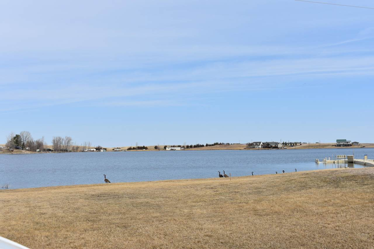 Lake 5 - Photo 1