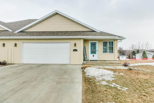 638 E Calgary Avenue, Bismarck, ND 58503 (MLS #405581) :: Trademark Realty