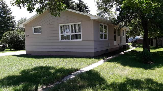 209 Front Street E, Beulah, ND 58523 (MLS #407577) :: Trademark Realty