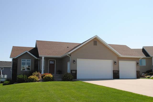 4313 Silica Place, Bismarck, ND 58503 (MLS #407589) :: Trademark Realty