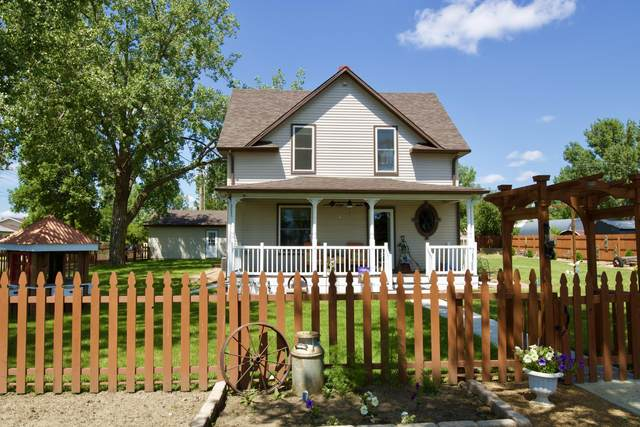 110 4th Avenue NW, Elgin, ND 58533 (MLS #407593) :: Trademark Realty