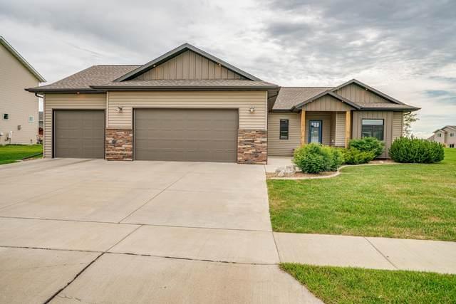 2810 Powder Ridge Drive, Bismarck, ND 58503 (MLS #407600) :: Trademark Realty