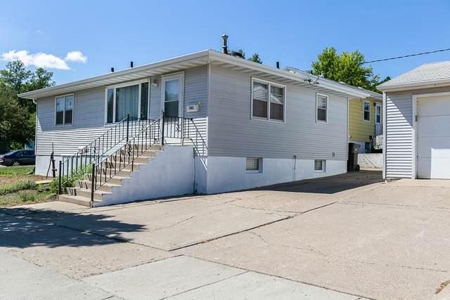 1402 Divide Avenue E, Bismarck, ND 58501 (MLS #407717) :: Trademark Realty