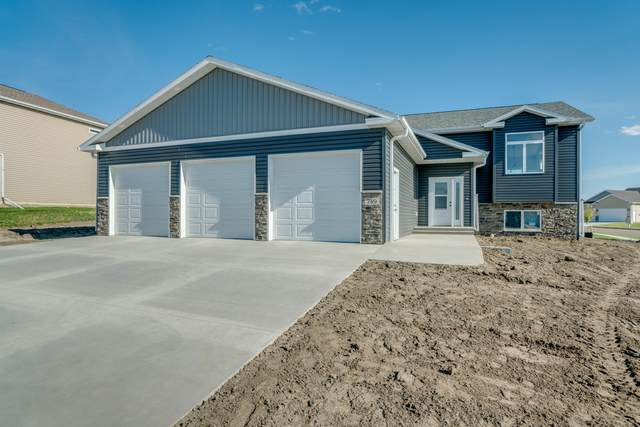 5413 Hendrickson Drive, Bismarck, ND 58503 (MLS #407979) :: Trademark Realty