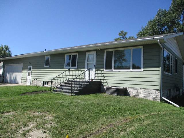 202 Roosevelt Street, Turtle Lake, ND 58575 (MLS #408074) :: Trademark Realty