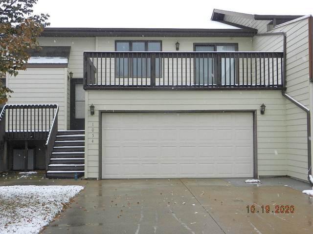 1054 Westwood Street, Bismarck, ND 58504 (MLS #408835) :: Trademark Realty